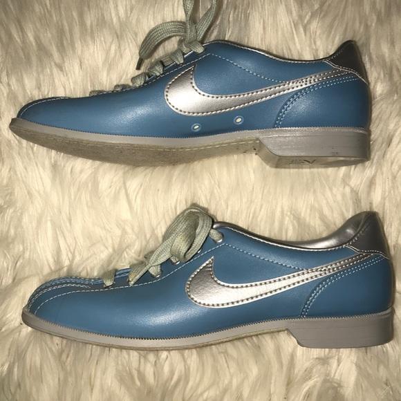 Rare Retro Blue And Silver Nike Bowling